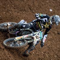 Kay de Wolf sterk in de top tien in GP MX2 in Maggiora